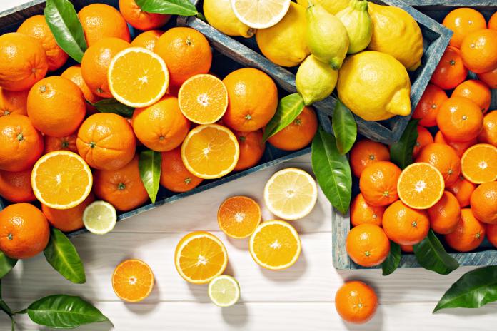 فوائد فيتامين سي العديدة،فوائد فيتامين سي للأعصاب، vitamin c،مصادر فيتامين سي، كبسولات فيتامين سي 1000،فيتامين سي فوار،فوائد فيتامين سي للبشرة